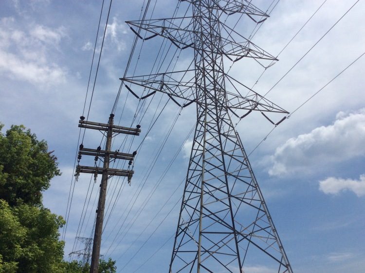 Power lines unsafe with EMF
